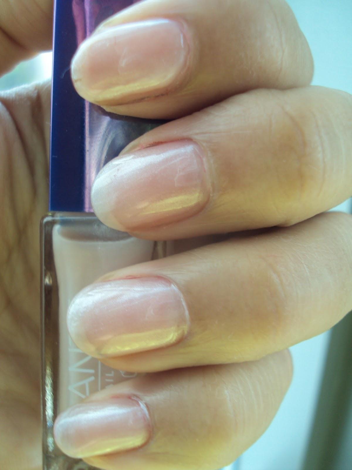 SAN42108-nails