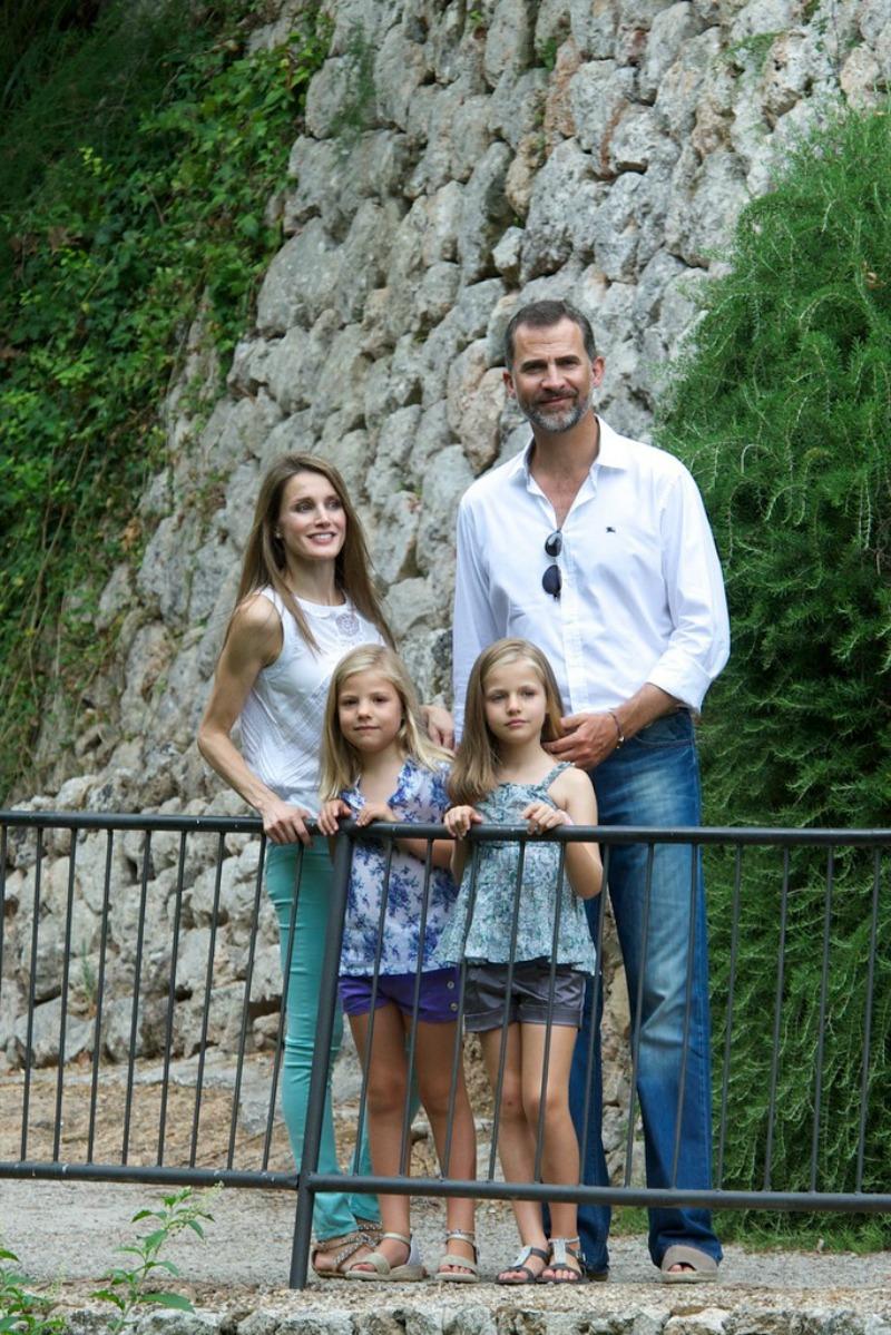 spanish+royals+visit+la+granja+mallorca+pu7jroeek30x