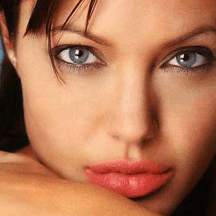 agelina-jolie-first-photo-left