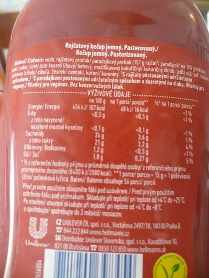 Hellmanns kečup bez konzervantov.